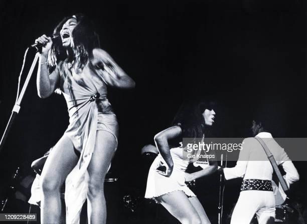 Ike and Tina Turner Revue, Tina Turner, Ike Turner, The Ikettes, De Doelen, Rotterdam, Holland, 12 November 1972.