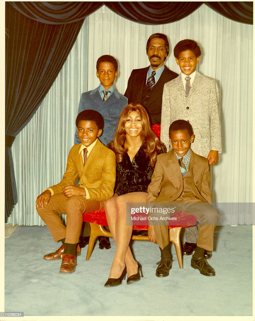 Ike & Tina With Their Son and Step-Sons : News Photo
