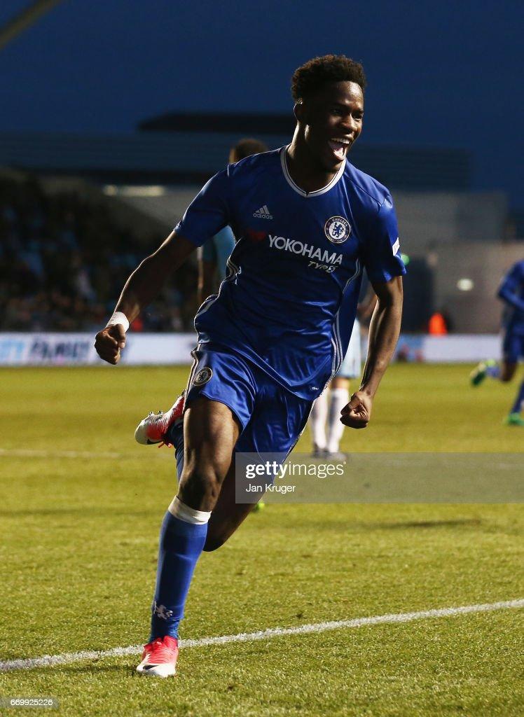 Manchester City v Chelsea - FA Youth Cup Final: First Leg : Foto jornalística