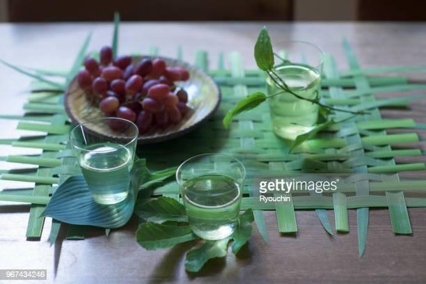 ikebana and  flower arrangement - arte, cultura e espetáculo imagens e fotografias de stock