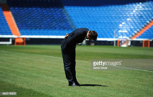 Iker Casillas bows to fans after attending a press conference to announce that he will be leaving Real Madrid football team on July 13 2015 in Madrid...