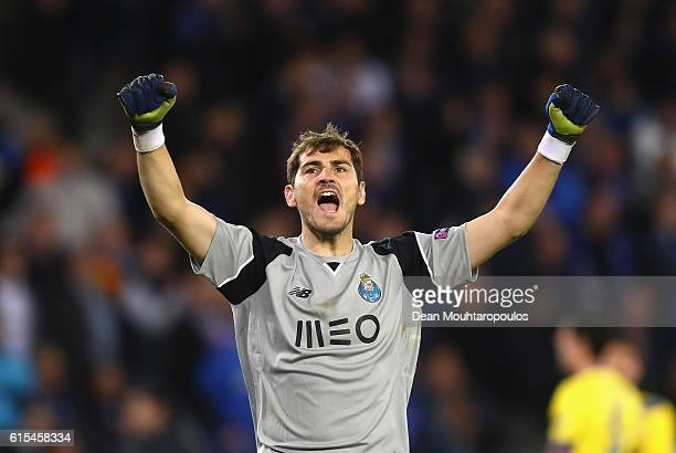 Iker Casillas of FC Porto celebrates his team's second goal during the UEFA Champions League Group G match between Club Brugge KV and FC Porto at Jan...