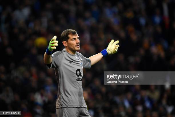 Iker Casillas of FC Porto reacts during the UEFA Champions League Round of 16 Second Leg match between FC Porto and AS Roma at Estadio do Dragao on...