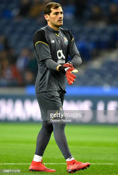 Iker Casillas of FC Porto warms up prior to the UEFA Champions League Group D match between FC Porto and FC Schalke 04 at Estadio do Dragao on...