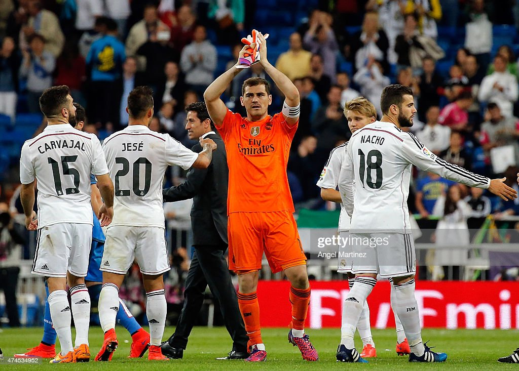 Iker Casillas (C) of Real Madrid applauds to the fans after the La Liga match between Real Madrid CF and Getafe CF at Estadio Santiago Bernabeu on May 23, 2015 in Madrid, Spain.