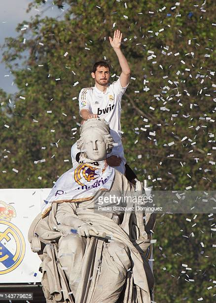 Iker Casillas of Real Madrid celebrates at Cibeles on May 3 2012 in Madrid Spain Real Madrid are celebrating after winning the Spanish Liga title for...