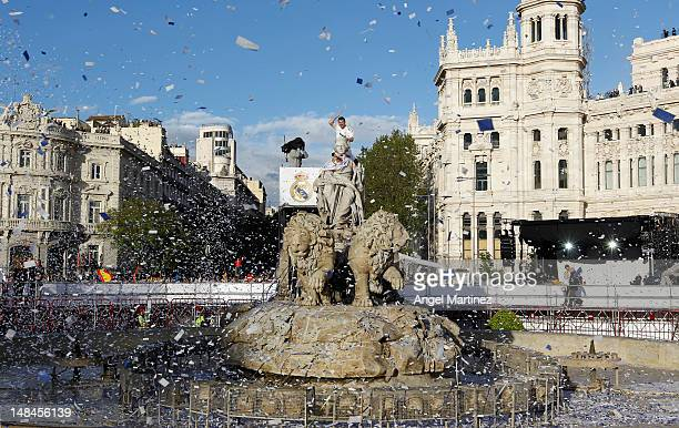 Iker Casillas of Real Madrid waves during their victory parade at Plaza de Cibeles on May 3 in Madrid Spain