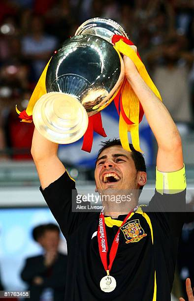 Iker Casillas of Spain lifts the trophy after the UEFA EURO 2008 Final match between Germany and Spain at Ernst Happel Stadion on June 29, 2008 in...