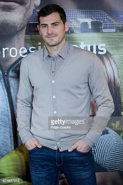 Iker Casillas presents his short film 'Heroes Terrenales' at 'El Corte Ingles' Store on November 7 2016 in Madrid Spain