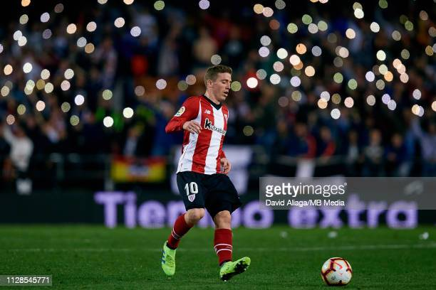 Iker Muniain Goni of Athletic Club de Bilbao in action during the La Liga match between Valencia CF and Athletic Club at Estadio Mestalla on March 3...
