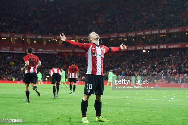 Iker Muniain of Athletic Club celebrates after scoring his team's third goal during the La Liga match between Athletic Club and Levante UD at San...