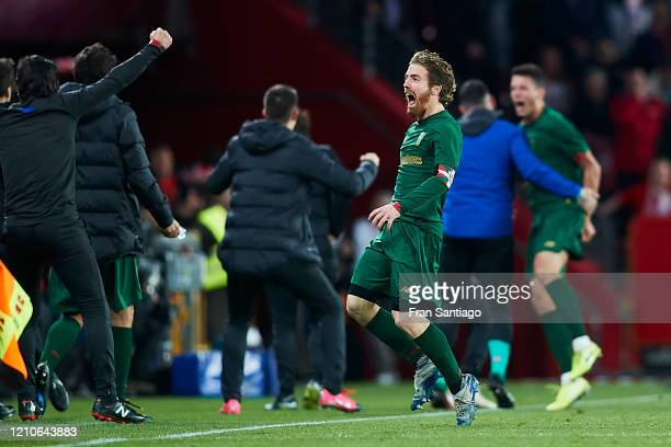 Iker Muniain of Athletic Club celebrates his team's opening goal with team mates during the Copa del Rey semifinal 2nd leg match between Granada CF...