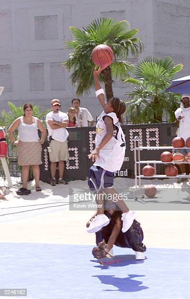 L'il Bow Bow and Ananda Lewis at MTV's 'Celebrity Slam' taped in Los Angeles Ca 9/17/00 EXCLUSIVE Photo by Kevin Winter/ImageDirect