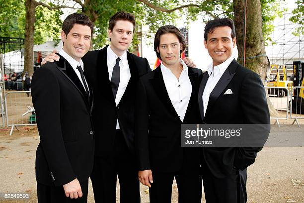 Il Divo attends the London 2012 Olympic Handover Party at The Mall on August 24 2008 in London England
