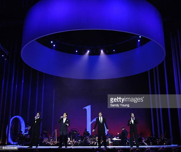 Il Divo perform on stage during the The Nobel Peace Prize Concert 2008 at the Oslo Spektrum on December 11, 2008 in Oslo, Norway.