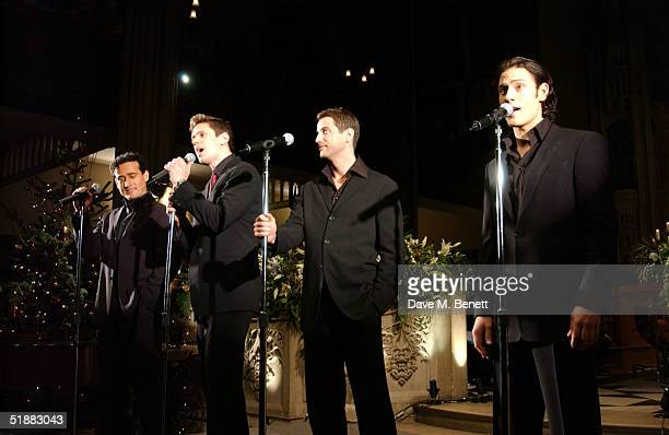 Il divo stock photos and pictures getty images - Il divo christmas ...