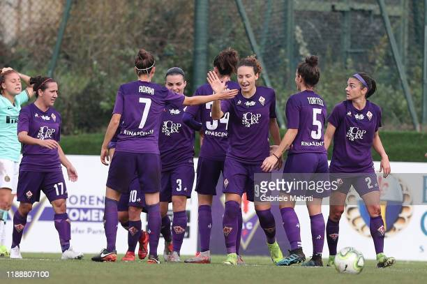Ilaria Mauro of ACF Fiorentina Women celebrates after scoring a goal during the Women Serie A match between ACF Fiorentina and FC Internazionale at...