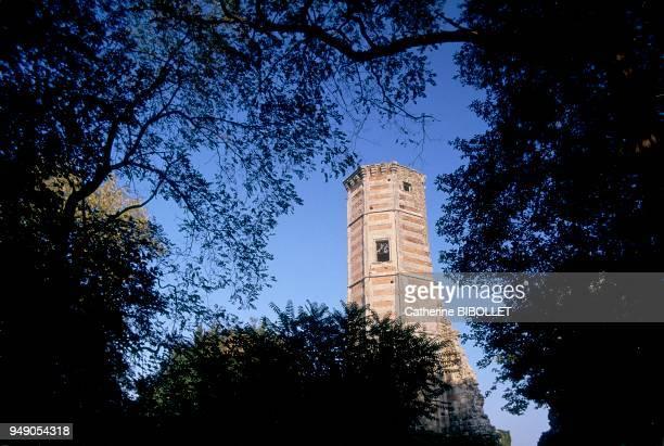 Yvelines, the Anne de Bretagne Tower in Montfort-l'Amaury. Ile-de-France: Yvelines, la Tour d'Anne de Bretagne à Montfrot-l'Amaury.