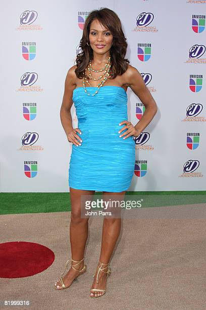 Ilia Calderon poses on the red carpet at the Premio Juventud Awards at Bank United Center on July 17 2008 in Miami Florida