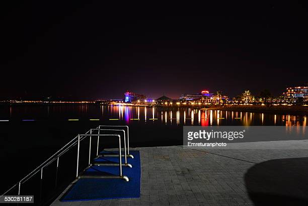 ilica beach, cesme at night - emreturanphoto stock-fotos und bilder