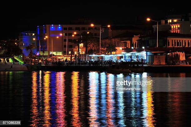 ilica shore with colorful reflections - emreturanphoto stock-fotos und bilder