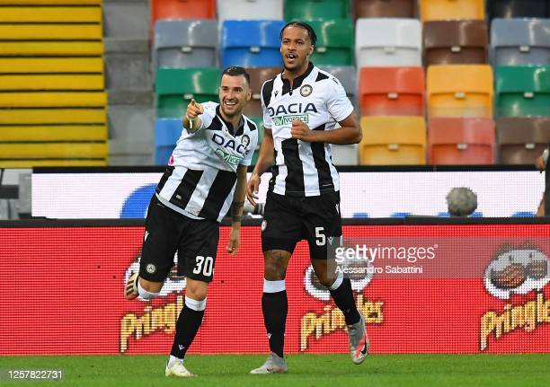 Ilija Nestorovski of Udinese Calcio celebrates after scoring the 1 1 goal during the Serie A match between Udinese Calcio and Juventus at Stadio...