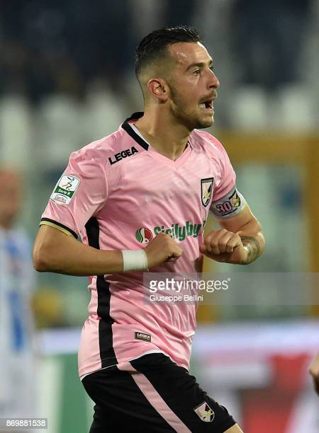 Iljia Nestorovski of US Città di Palermo FC celebrates after scoring goal 12 during the Serie B match between Pescara Calcio and US Citta di Palermo...