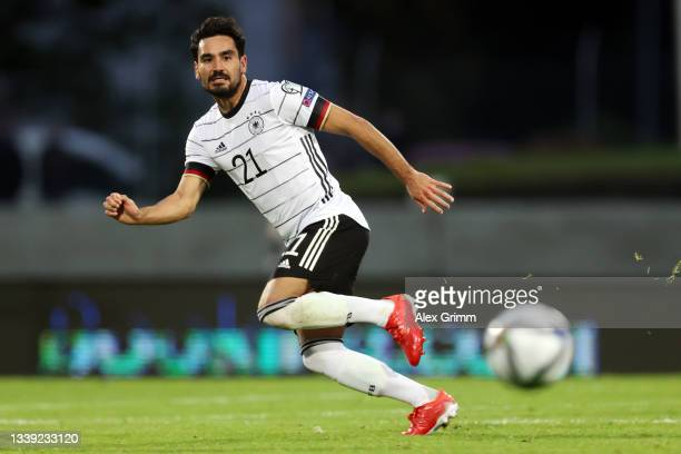 Ilkay Guendogan of Germany controls the ball during the 2022 FIFA World Cup Qualifier match between Iceland and Germany at Laugardalsvollur National...