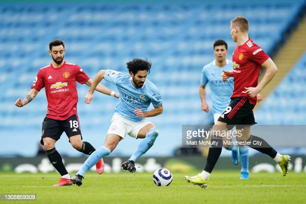 Ilkay Gundogan of Manchester City in action during the Premier League match between Manchester City and Manchester United at Etihad Stadium on March...