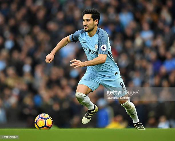 Ilkay Gundogan of Manchester City in action during the Premier League match between Manchester City and Chelsea at Etihad Stadium on December 3 2016...
