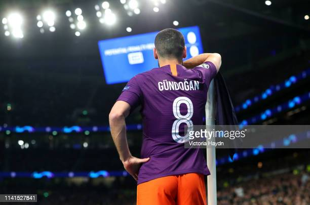Ilkay Gundogan of Manchester City prepares to take a corner kick during the UEFA Champions League Quarter Final first leg match between Tottenham...