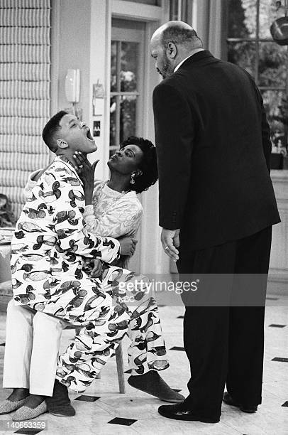 AIR Ill Will Episode 18 Pictured Will Smith as William 'Will' Smith Janet Hubert as Vivian Banks James Avery as Philip Banks Photo by Mike...