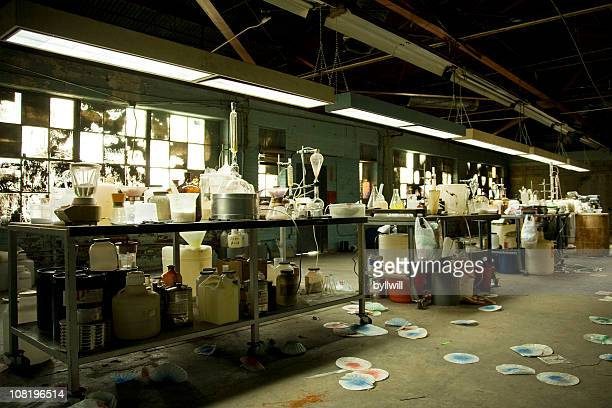illegal meth lab with equipment everywhere - crime or recreational drug or prison or legal trial bildbanksfoton och bilder