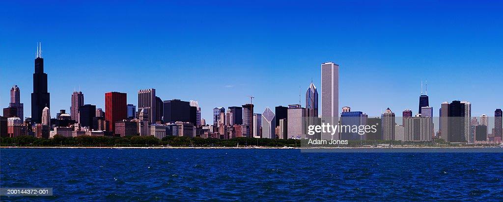 USA Illinois Chicago Skyline And Lake Michigan Stock Photo