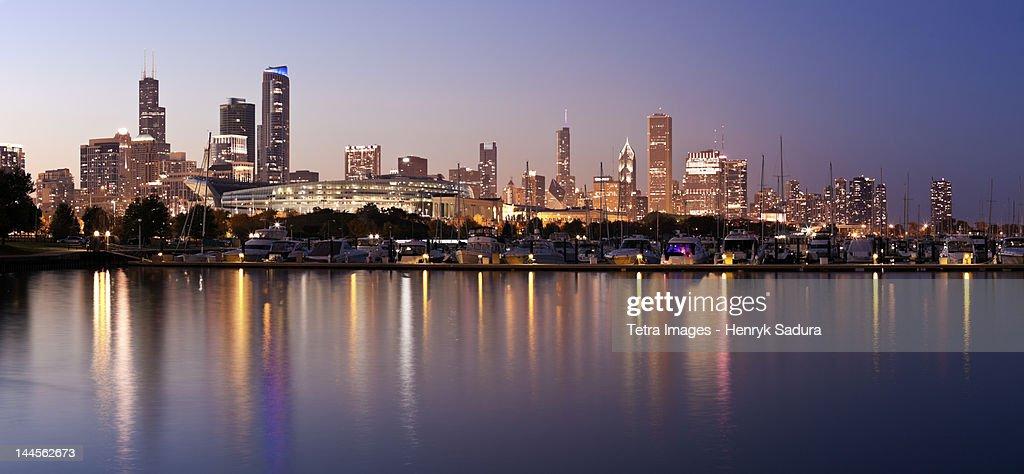 USA, Illinois, Chicago skyline at dusk : Stock Photo