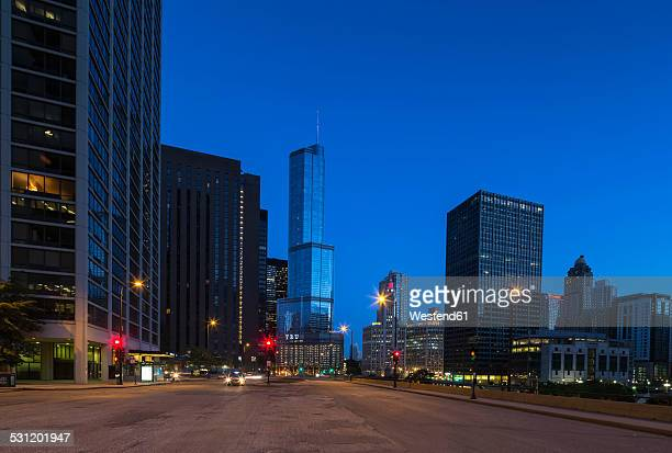 USA, Illinois, Chicago, skyscrapers with Trump Tower in downtown at night