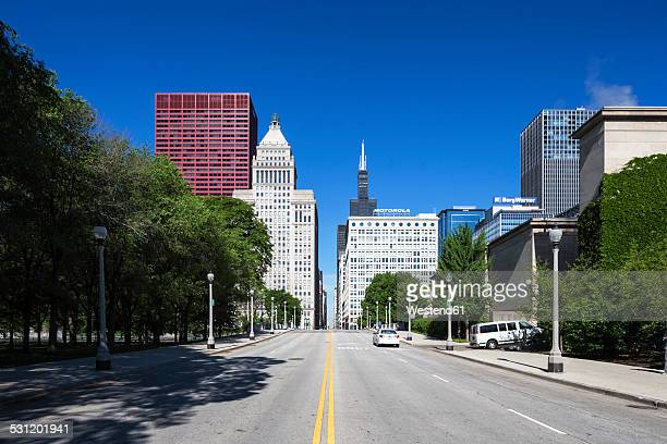 USA, Illinois, Chicago, skyscrapers with Willis Tower