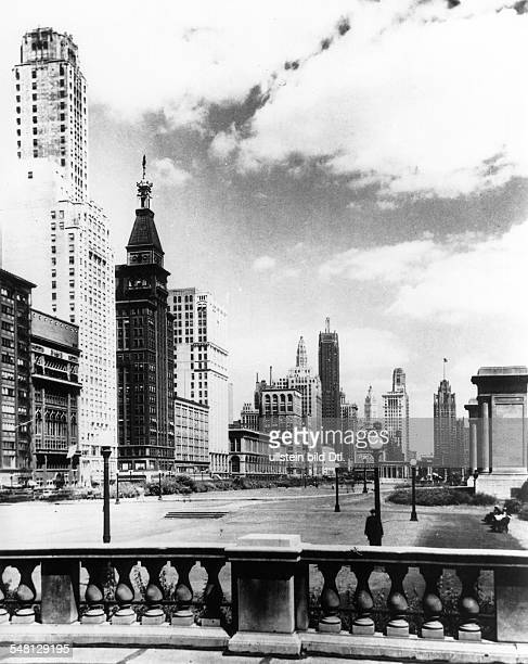 USA Illinois Chicago View of the Michigan Avenue 1930ies Vintage property of ullstein bild