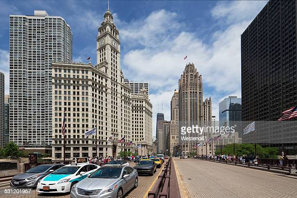 USA, Illinois, Chicago, Wrigley Building and Tribune Tower
