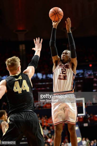 Illinois Fighting Illini forward Leron Black shoots the ball over Purdue Boilermakers center Isaac Haas during the Big Ten Conference college...