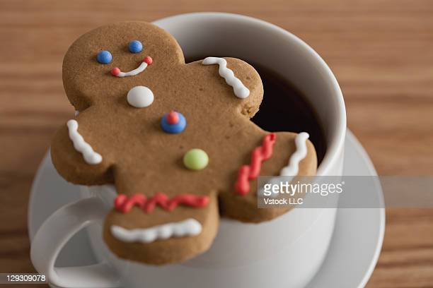 USA, Illinois, Metamora, Ginger bread and cup of coffe