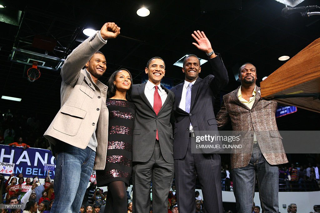 Illinois Senator and Democratic presidential candidate Barack Obama (C) is joined by singer Usher (L), actress Kerry Washington (2L), state representative Bakgri Sellers (2R) and actor Chris Tucker (R) during a rally in Orangeburg, South Carolina, 22 January 2008. Obama is on the campaign trail ahead of the South Carolina primary vote scheduled for 26 January. AFP PHOTO/Emmanuel DUNAND