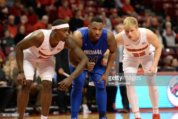 Illinois State University Redbirds forward Milik Yarbrough Indiana State Sycamores Center Brandon Murphy and Illinois State University Redbirds...