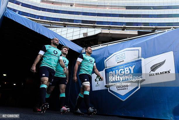 Illinois , United States - 4 November 2016; Ireland captain Rory Best, left, and team-mates Finlay Bealham and CJ Stander, right, make their way onto...