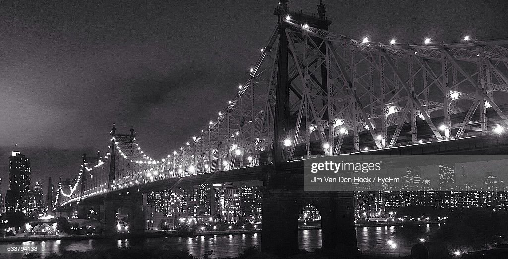 Illuminated Bridge : Foto stock