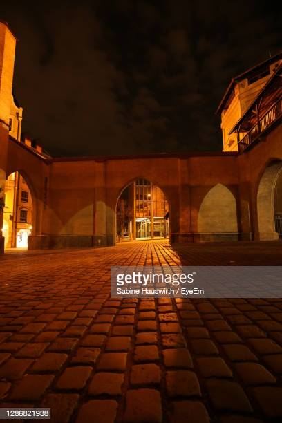 illuminated built structure at night - sabine hauswirth stock pictures, royalty-free photos & images