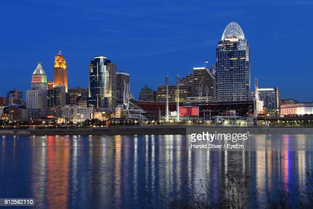 illuminated city at night - cincinnati stock pictures, royalty-free photos & images