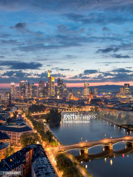 illuminated cityscape with financial district and main river, frankfurt, hesse, germany - frankfurt main stock pictures, royalty-free photos & images