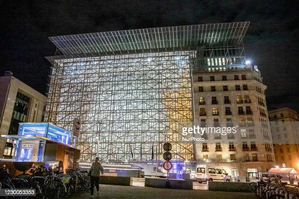 Illuminated in the night Europa building, the seat of the European Council and Council of the European Union, in Rue de la Loi in the European...