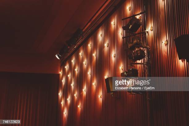 illuminated lamp - stage set stock pictures, royalty-free photos & images